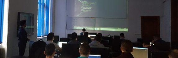Cursul practic de web development la UAB, încheiat cu succes